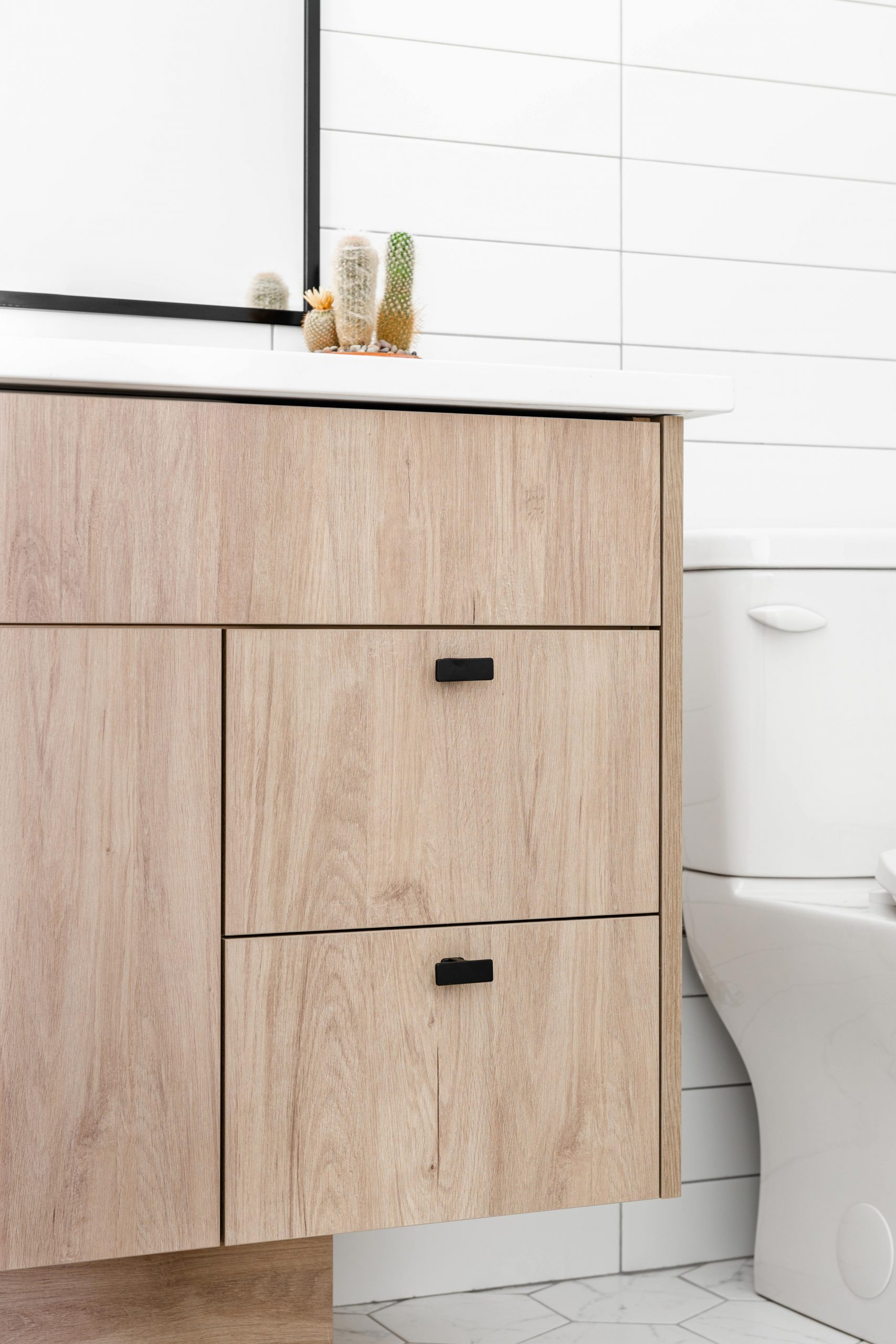 Cabico Custom Cabinets - Projet salle de bain The Lookout - vue du côté droit