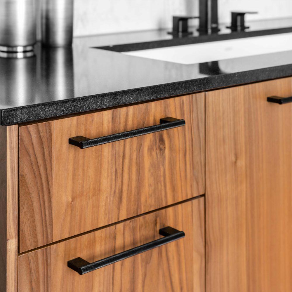 Cabico Custom Cabinets - Projet salle de bain Drake - Tiroirs