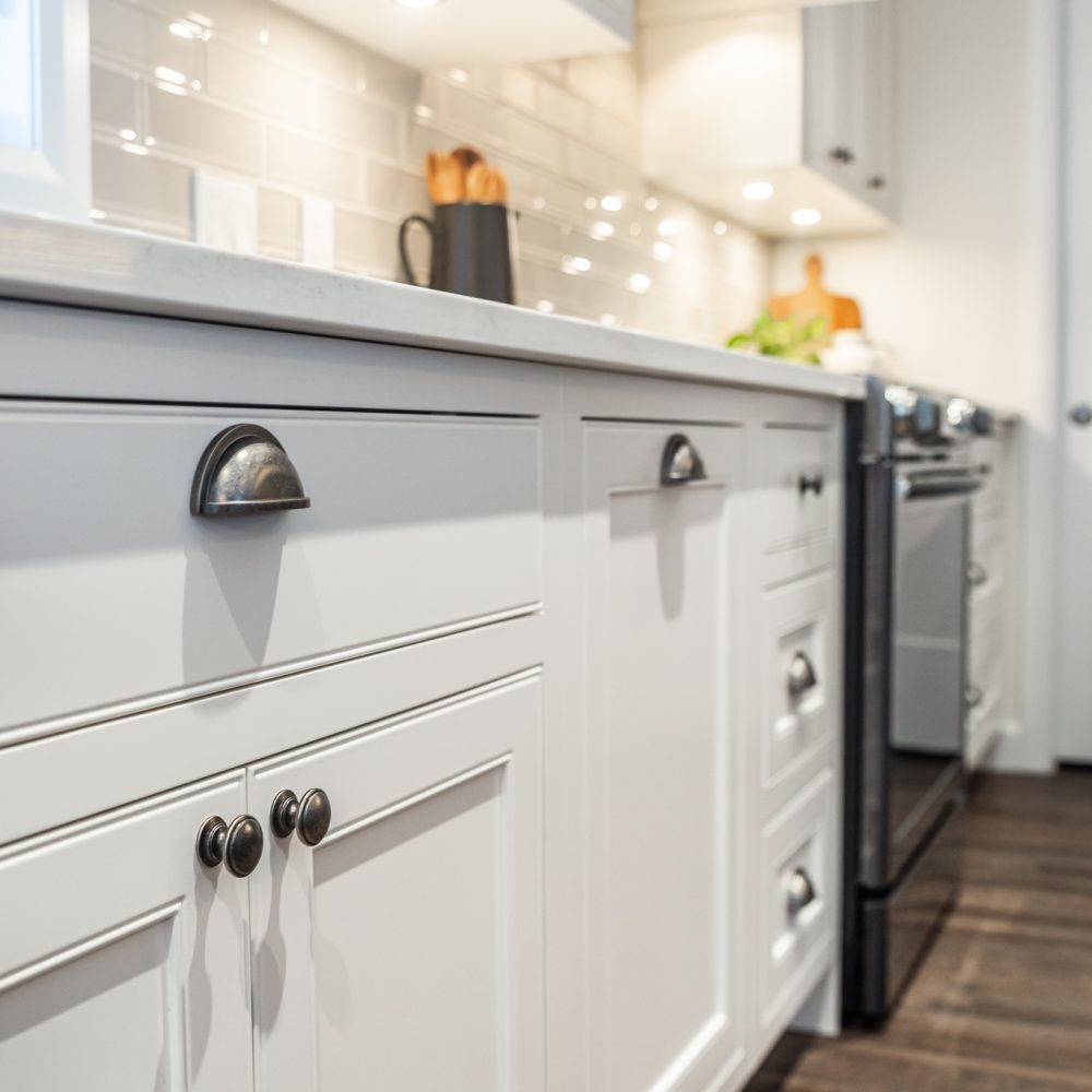 Cabico Custom Cabinets - Projet cuisine Farmhouse - Cabinets du bas