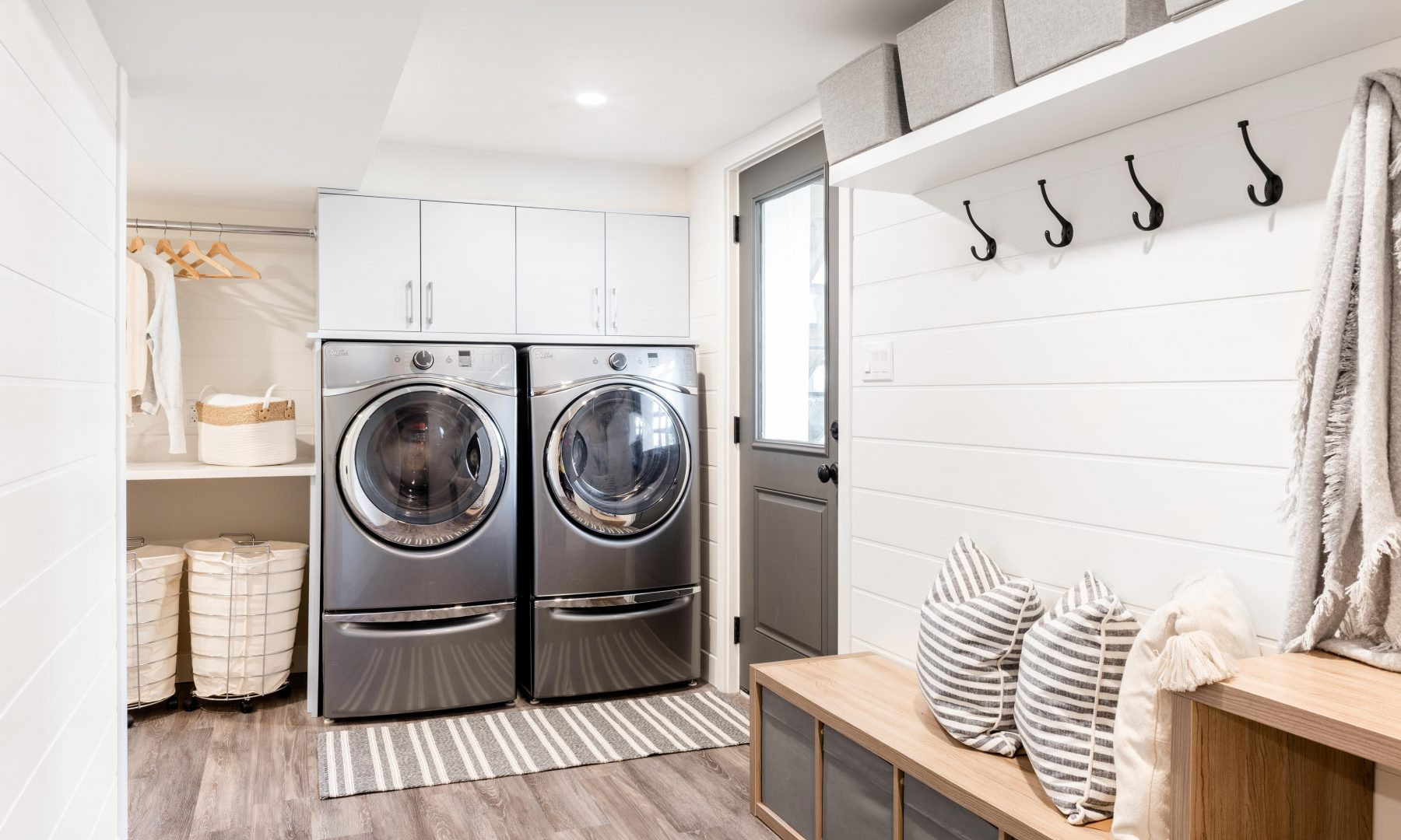 Cabico Custom Cabinets - Willows BEach laundryroom project – view with appliances and entrance bench