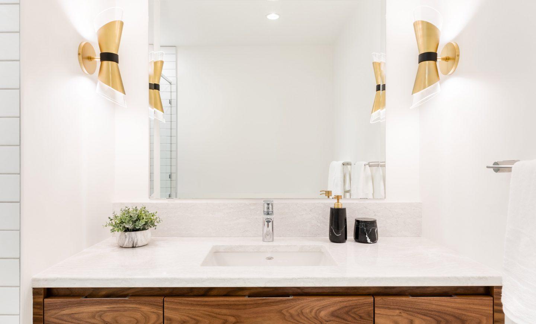 Elmwood_Wood_Cabinets_Bathroom_BrentwoodBay_5